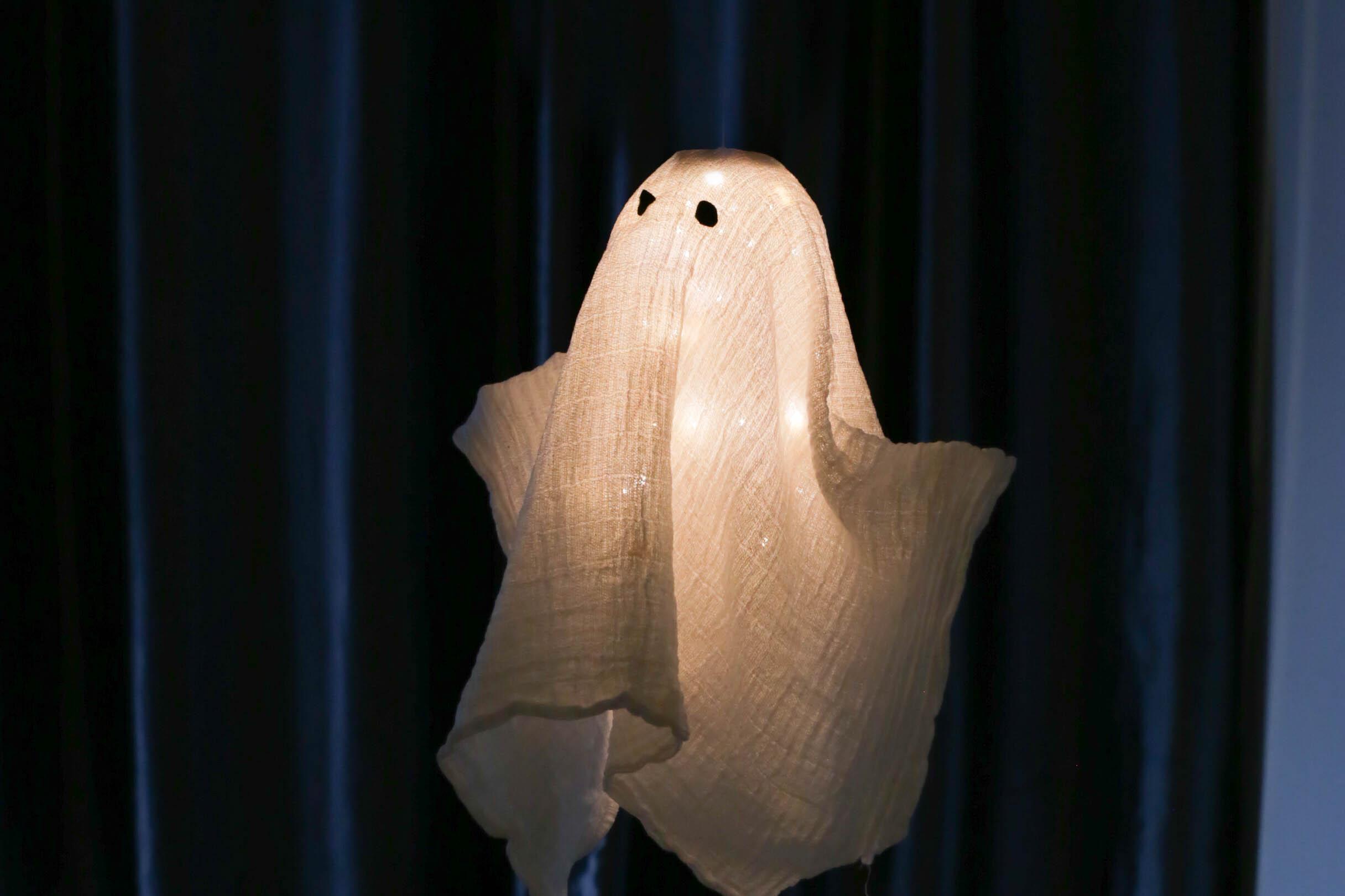 Un fantôme hyper réaliste pour Halloween ! (DIY)